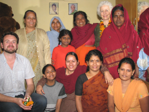 Melbourne-University-Team-at-Shantivihar-29-Nov-2010-001