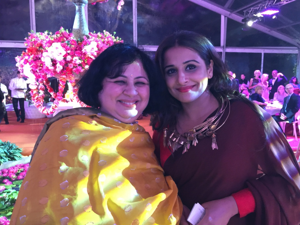 Dr-Kiran-with-famous-Bollywood-Film-star-Vidya-Balan-who-is-the-brand-ambassador-for-the-Bollywood-Film-Festival-in-Melbourne