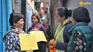 Dr Monica Pahuja interacting with Ms Rani, Asha Supervisor