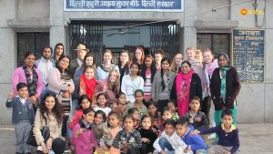 Team with the Asha staff and Bal Mandal at Asha Centre